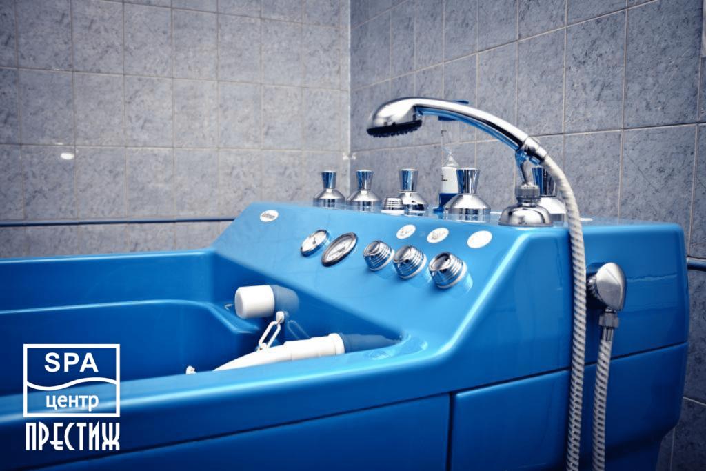 Подводный душ — массаж